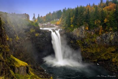 Snoqualmie Falls in Fall season