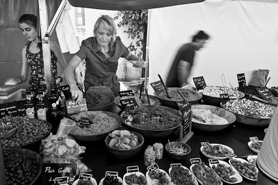 Saturday Market in Gignac, Hérault, Languedoc Roussillon, France