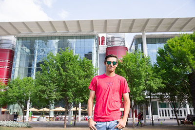 Logan Heidaker for Senior pictures in Downtown Houston, TX