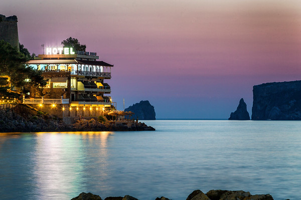 A long exposure of a seaside hotel in the Greek village of Pylos