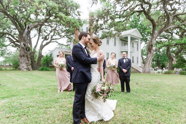 Chrsitine_Brad_Bridal_Party_Columbus_TX_21