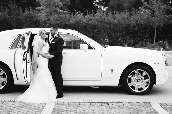 Couple arriving at Dunlavy Wedding Venue in Houston, TX