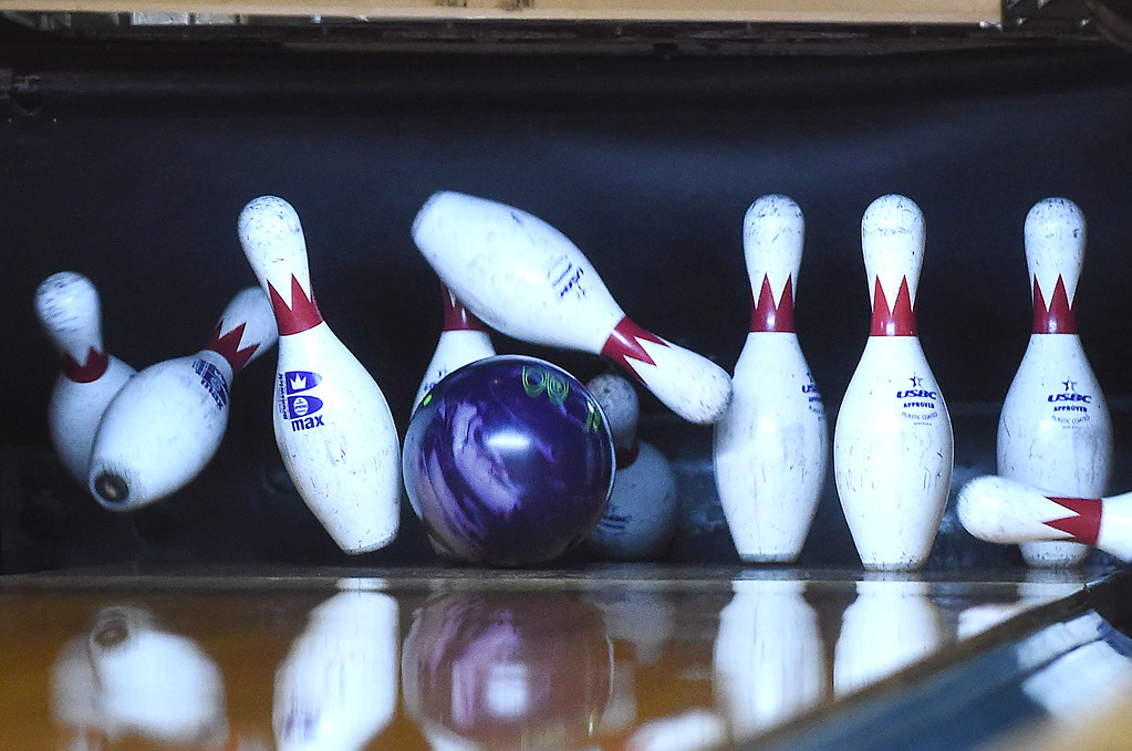 . PETE  BANNAN-DIGITAL FIRST MEDIA      Devon Lanes honored members of the Early Bird League, named for its 9 a.m. start time.