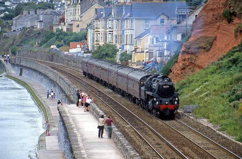 76079, Paignton-Exeter St David's, Dawlish, 30-7-02.