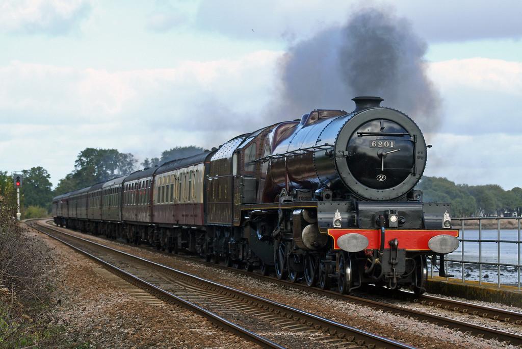 6201, Bristol-Plymouth, The Devonian, Powderham, near Starcross, 7-10-06.
