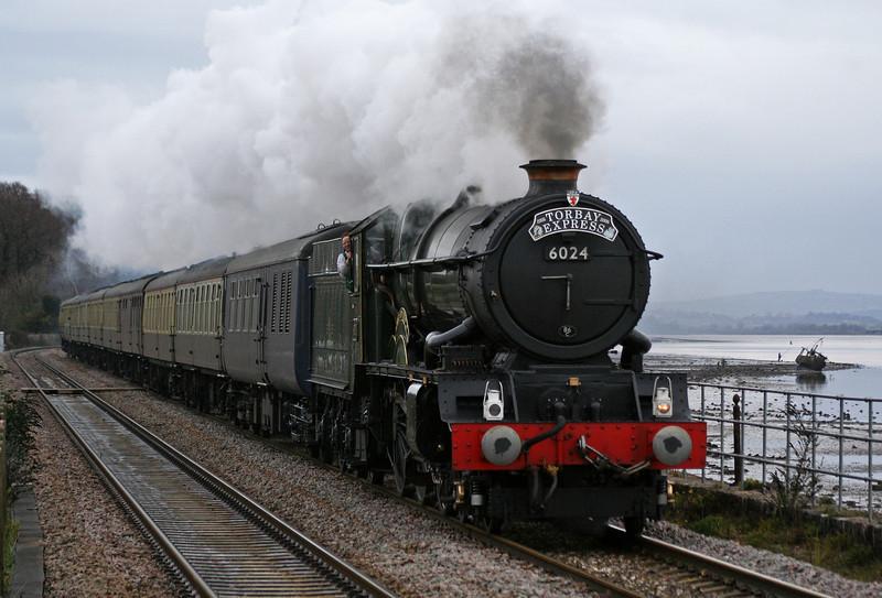 6024, 09.21 Bristol Temple Meads-Kingswear, Torbay Express, Powderham, 13-12-08.