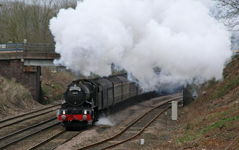6024, 09.21 Bristol Temple Meads-Kingswear, Torbay Express, Willand, near Tiverton, 20-12-08.