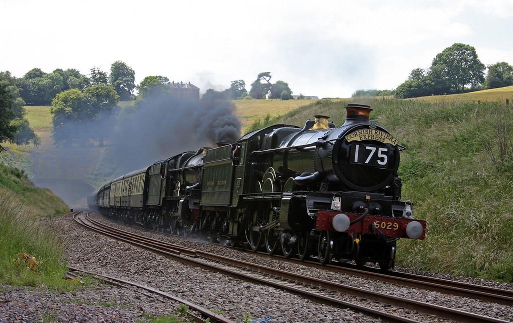 5029/6024, 09.02 Penzance-Bristol Temple Meads, Cornish Riviera Express, Marlands, near Wellington, 28-6-10.