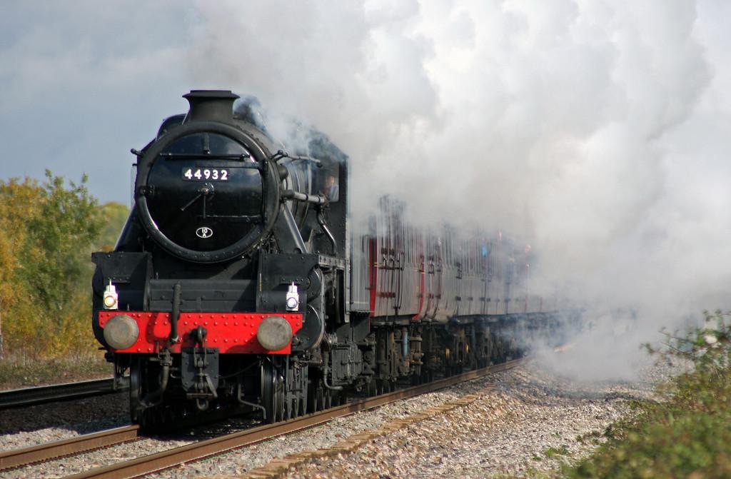 44932, 07.52 Eastleigh-Minehead, Quantock Hills Express, Cogload Junction, 23-10-10.