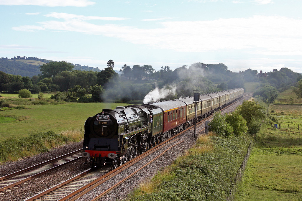 71000, 16.42 Kingswear-Bristol Temple Meads, Torbay Express, Rewe, near Exeter, 18-7-10.