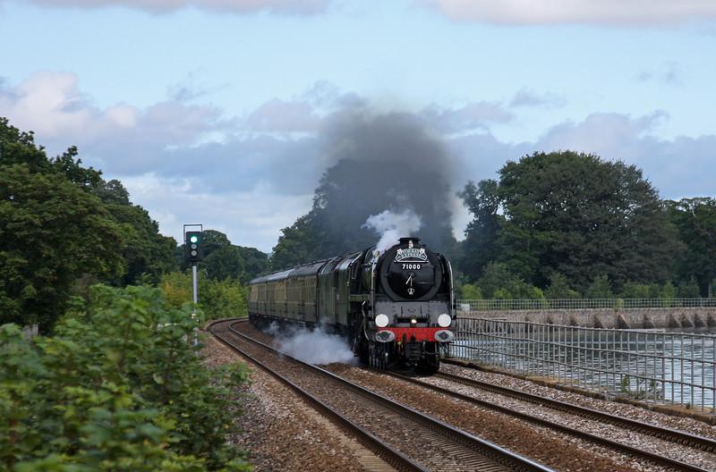 71000/47815, 09.15 Bristol Temple Meads-Kingswear, Torbay Express, Powderham, near Starcross,<br /> 21-8-11.