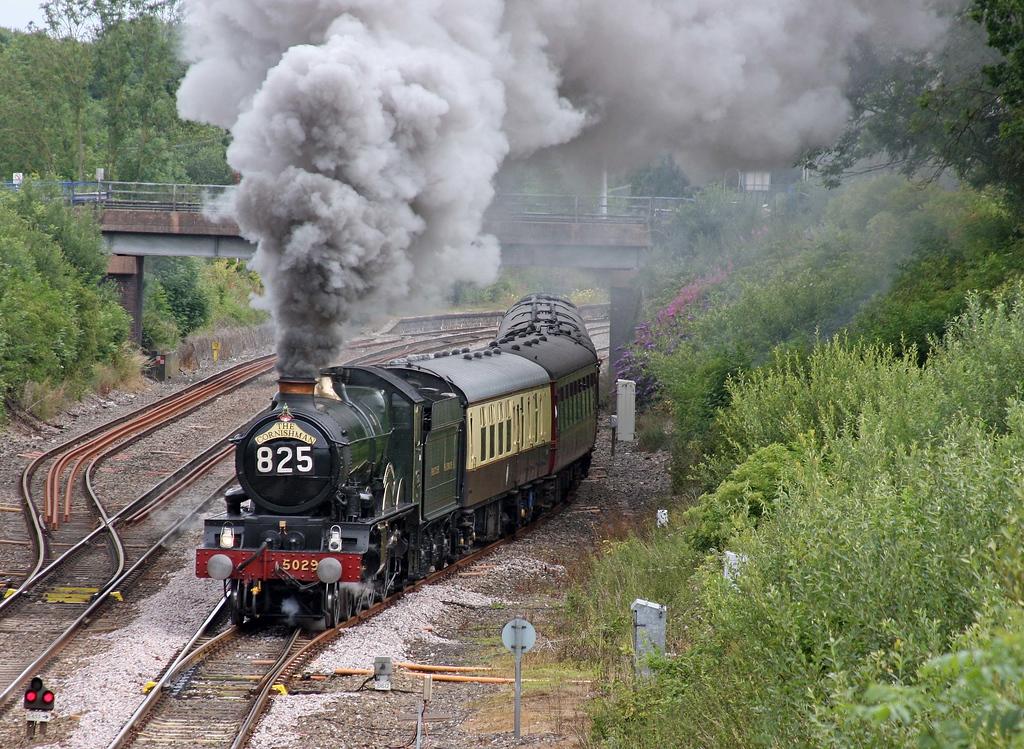 5029, 08.05 Bristol Temple Meads-Par, The Cornishman, departs Tiverton Loops, Willand, near Tiverton, 10-7-11.
