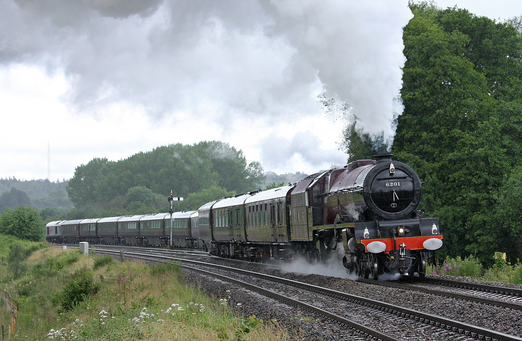 6201, 07.46 Newport East Usk Yard-Hereford-Worcester-Oxford, departs Pontrilas loops, near Hereford, 11-7-12. Royal Train carrying the Queen and Prince Philip on visits to Hereford and Worcester as part of their Diamond Jubilee tour. 67026 'tailing'.