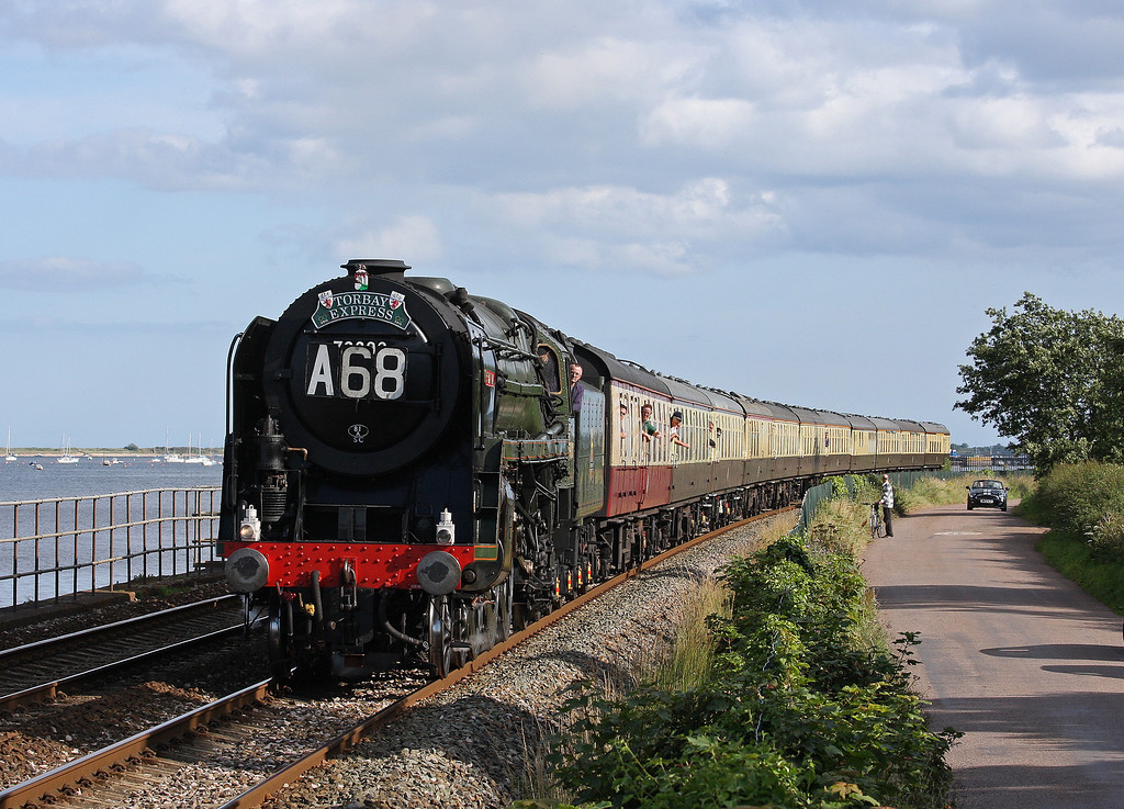 70000, 16.50 Kingswear-Bristol Temple Meads, Torbay Express, Powderham, 15-7-12.