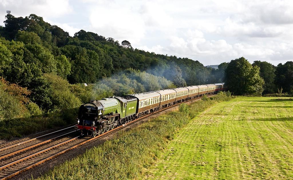60163, 16.50 Kingswear-Bristol Temple Meads, Torbay Express, Cullompton, 11-9-16.