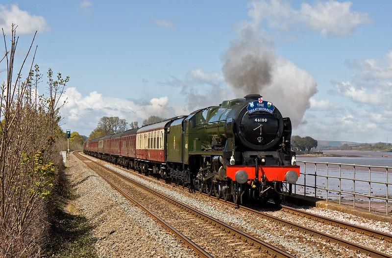 46100, 08.45 London Victoria-Plymouth, Great Britain 1X, Powderham, near Starcross, 26-4-16. 57316 on rear.