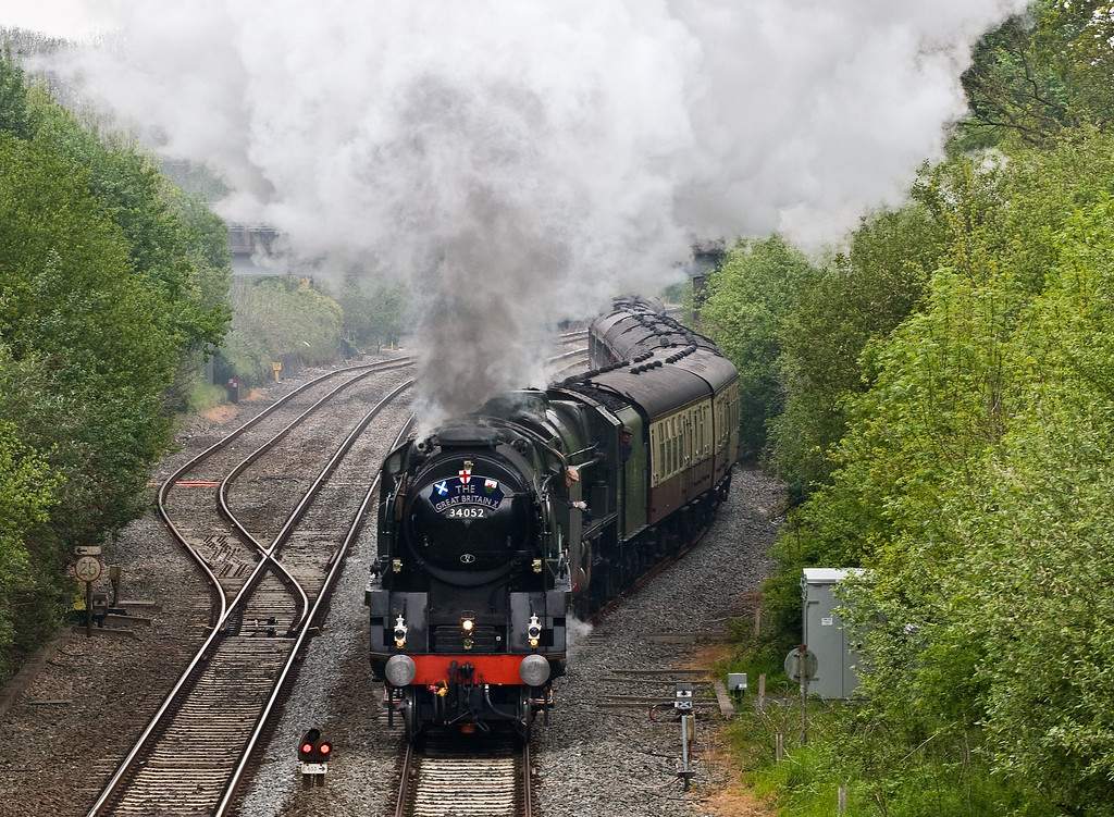34052 Lord Dowding (34046 Braunton)/46100 Royal Scot, 08.08 Bristol Temple Meads-Plymouth, Great Britain X, departing Tiverton Down Loop, Willand, near Tiverton, 6-5-17