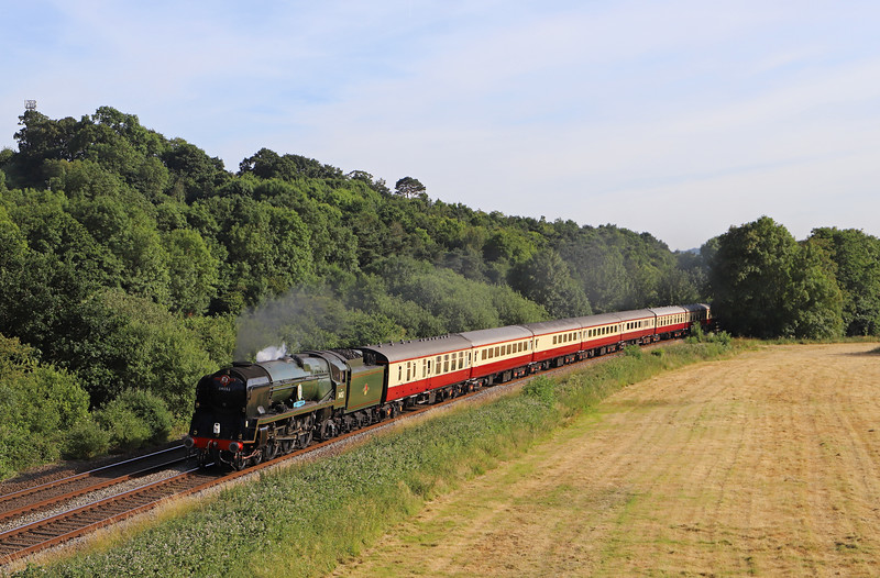 34046 Braunton (running as 34052 Lord Dowding)/47805 (D1935), 16.50 Kingswear-Bristol Temple Meads, via Westbury, English Riviera Express,<br /> Cullompton, 24-6-18.