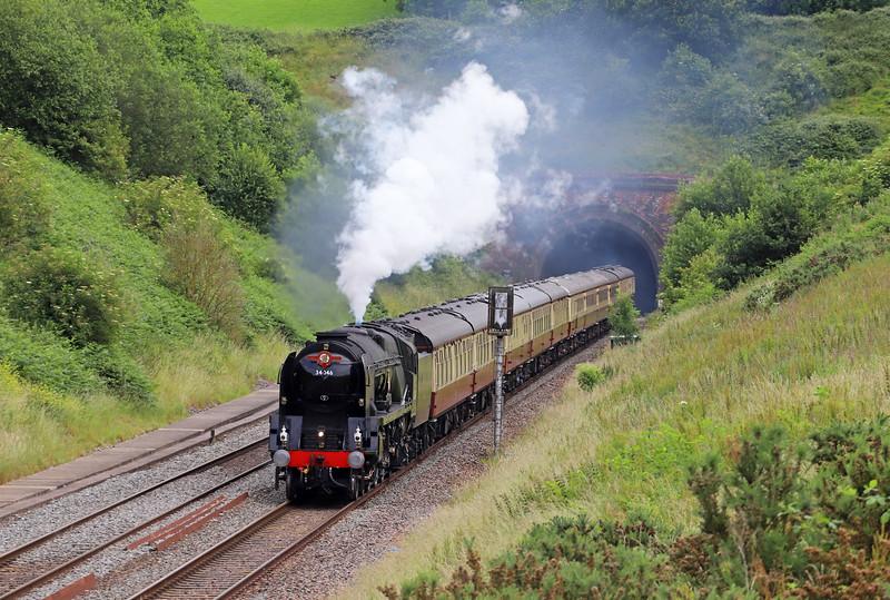 34046, 08.00 Bristol Temple Meads-Kingswear, via Westbury, The English Riviera Express, Whiteball, 30-6-19.
