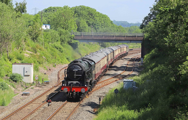 46100 top-and-tailed with 47805, 09.07 Bristol Temple Meads-Kingswear, The English Riviera Express, Willanbd, near Tiverton, 13-6-21.
