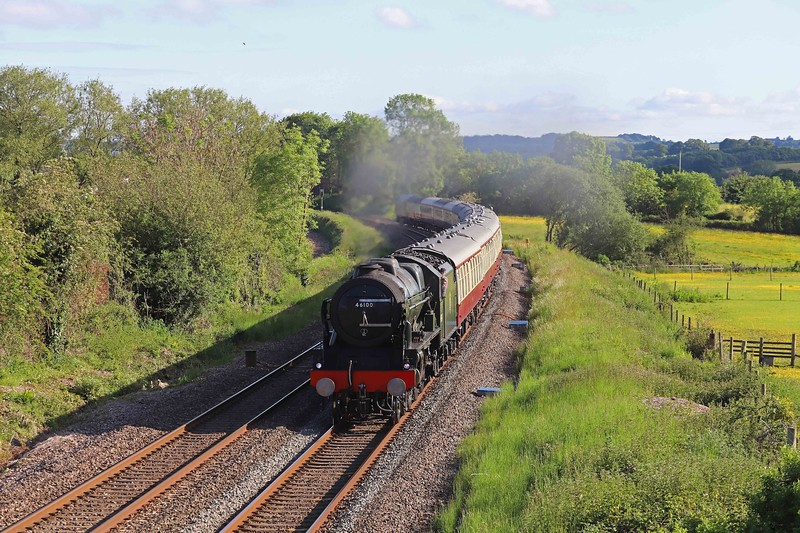 46100, 16.40 Kingswear-Bristol Temple Meads, English Riviera Express, Willand, near Tiverton, 6-6-21. 47805 at rear.
