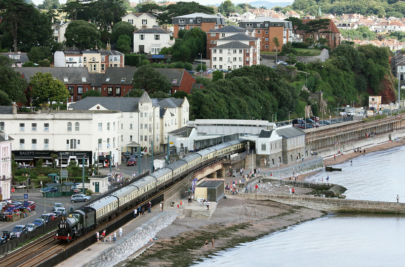 5029, 09.15 Bristol Temple Meads-Kingswear, Torbay Express, Dawlish, 20-7-14.