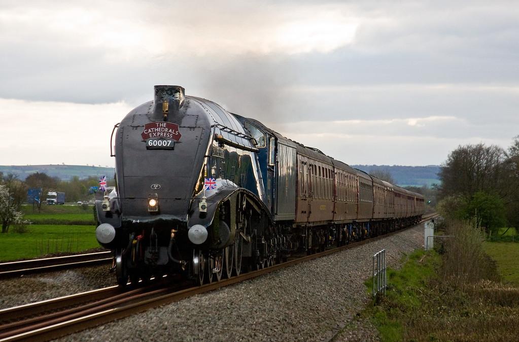 60007, 16.30 Kingswear-Woking, Cathedrals Express, Pugham Crossing, near Burlescombe, 10-4-14.