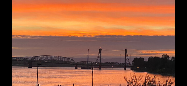 I-5 Bridge - 9/1/2020   16 minutes after sunset