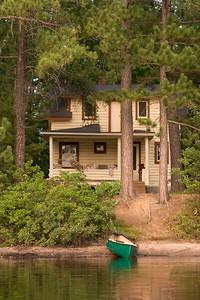 Big Cabin | 20 steps to lake