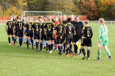 Crawley Wasps LFC (6) vs QPR Girls (0) on November 11, 2018 at Oakwood Football Ground, Tinsley Lane, Crawley, Crawley. Photo: Ben Davidson, www.bendavidsonphotography.com (181111-0045)