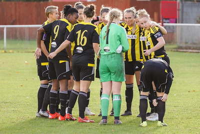 Crawley Wasps LFC (6) vs QPR Girls (0) on November 11, 2018 at Oakwood Football Ground, Tinsley Lane, Crawley, Crawley. Photo: Ben Davidson, www.bendavidsonphotography.com (181111-0047)