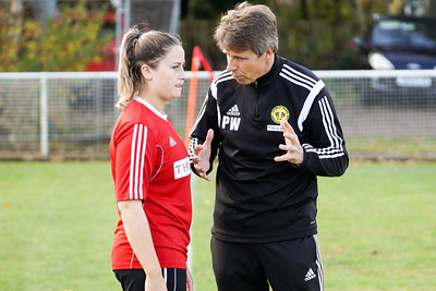 Crawley Wasps LFC (6) vs QPR Girls (0) on November 11, 2018 at Oakwood Football Ground, Tinsley Lane, Crawley, Crawley. Photo: Ben Davidson, www.bendavidsonphotography.com (181111-0024)