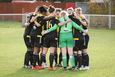 Crawley Wasps LFC (6) vs QPR Girls (0) on November 11, 2018 at Oakwood Football Ground, Tinsley Lane, Crawley, Crawley. Photo: Ben Davidson, www.bendavidsonphotography.com (181111-0050)