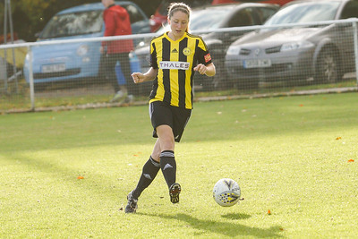 Crawley Wasps LFC (6) vs QPR Girls (0) on November 11, 2018 at Oakwood Football Ground, Tinsley Lane, Crawley, Crawley. Photo: Ben Davidson, www.bendavidsonphotography.com (181111-0100)
