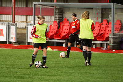 Crawley Wasps LFC (2) vs Chichester City LFC (0) on December 09, 2018 at Worthing FC, Woodside Road, Worthing, Worthing. Photo: Ben Davidson, www.bendavidsonphotography.com (181209-0102)