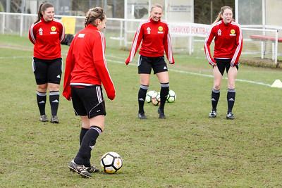 Crawley Wasps Ladies (4) vs Leyton Orient WFC (1) on January 27, 2019 at Oakwood Football Club, Tinsley Lane, Crawley RH10 8AT, Crawley. Photo: Ben Davidson, www.bendavidsonphotography.com - 1901270015