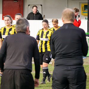 Crawley Wasps Ladies (4) vs Leyton Orient WFC (1) on January 27, 2019 at Oakwood Football Club, Tinsley Lane, Crawley RH10 8AT, Crawley. Photo: Ben Davidson, www.bendavidsonphotography.com - 1901270116