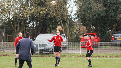 Crawley Wasps Ladies (4) vs Leyton Orient WFC (1) on January 27, 2019 at Oakwood Football Club, Tinsley Lane, Crawley RH10 8AT, Crawley. Photo: Ben Davidson, www.bendavidsonphotography.com - 1901270092