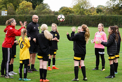 Crawley Wasps U12 (1) vs Horsham Sparrows U12 (1) on October 14, 2018 at Ewhurst Plying Field, Crawley, Crawley. Photo: Ben Davidson, www.bendavidsonphotography.com (181014-296)