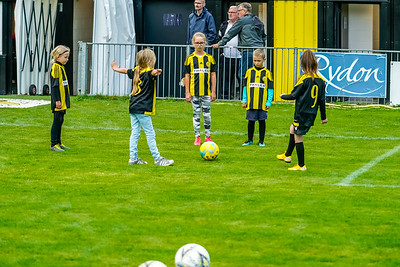 1909290074 -  Crawley Wasps Ladies Football Club  Oxford United WFC on September 29, 2019 at East Court, College Lane, RH19 3LS, East Grinstead. Photo: Ben Davidson, www.bendavidsonphotography.com