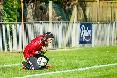1909290027 -  Crawley Wasps Ladies Football Club  Oxford United WFC on September 29, 2019 at East Court, College Lane, RH19 3LS, East Grinstead. Photo: Ben Davidson, www.bendavidsonphotography.com