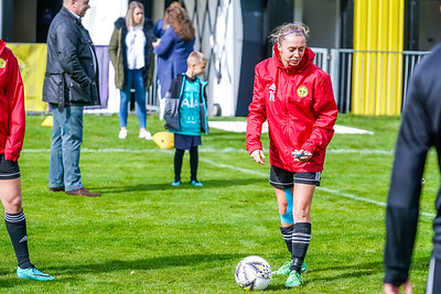 1909290012 -  Crawley Wasps Ladies Football Club  Oxford United WFC on September 29, 2019 at East Court, College Lane, RH19 3LS, East Grinstead. Photo: Ben Davidson, www.bendavidsonphotography.com