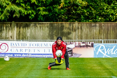 1909290044 -  Crawley Wasps Ladies Football Club  Oxford United WFC on September 29, 2019 at East Court, College Lane, RH19 3LS, East Grinstead. Photo: Ben Davidson, www.bendavidsonphotography.com