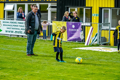 1909290066 -  Crawley Wasps Ladies Football Club  Oxford United WFC on September 29, 2019 at East Court, College Lane, RH19 3LS, East Grinstead. Photo: Ben Davidson, www.bendavidsonphotography.com