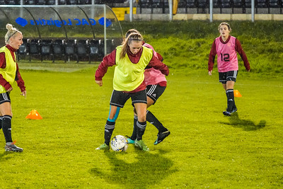 1910230035 -  Crawley Wasps 2 v 2 Gillingham Ladies FC on October 23, 2019 at East Grinstead Town FC, East Court, College Lane, RH19 3LS, East Grinstead. Photo: Ben Davidson, www.bendavidsonphotography.com
