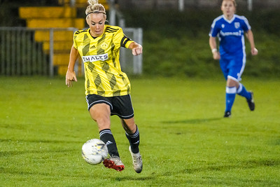 1910230080 -  Crawley Wasps 2 v 2 Gillingham Ladies FC on October 23, 2019 at East Grinstead Town FC, East Court, College Lane, RH19 3LS, East Grinstead. Photo: Ben Davidson, www.bendavidsonphotography.com