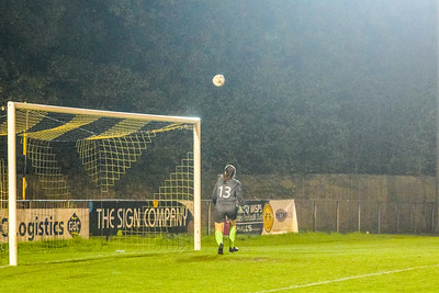 1910230075 -  Crawley Wasps 2 v 2 Gillingham Ladies FC on October 23, 2019 at East Grinstead Town FC, East Court, College Lane, RH19 3LS, East Grinstead. Photo: Ben Davidson, www.bendavidsonphotography.com