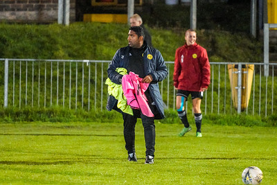 1910230029 -  Crawley Wasps 2 v 2 Gillingham Ladies FC on October 23, 2019 at East Grinstead Town FC, East Court, College Lane, RH19 3LS, East Grinstead. Photo: Ben Davidson, www.bendavidsonphotography.com