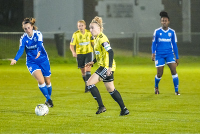 1910230084 -  Crawley Wasps 2 v 2 Gillingham Ladies FC on October 23, 2019 at East Grinstead Town FC, East Court, College Lane, RH19 3LS, East Grinstead. Photo: Ben Davidson, www.bendavidsonphotography.com