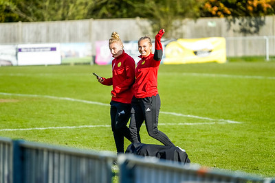 1911100004 -  Crawley Wasps 3 v 1 Portsmouth LFC on November 10, 2019 at East Grinstead Town FC, East Court, College Lane, RH19 3LS, East Grinstead. Photo: Ben Davidson, www.bendavidsonphotography.com